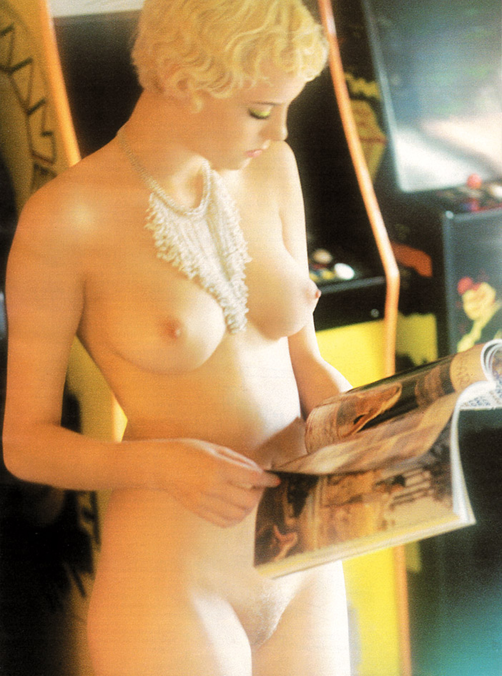 celebritiesempire bijou phillips naked 3